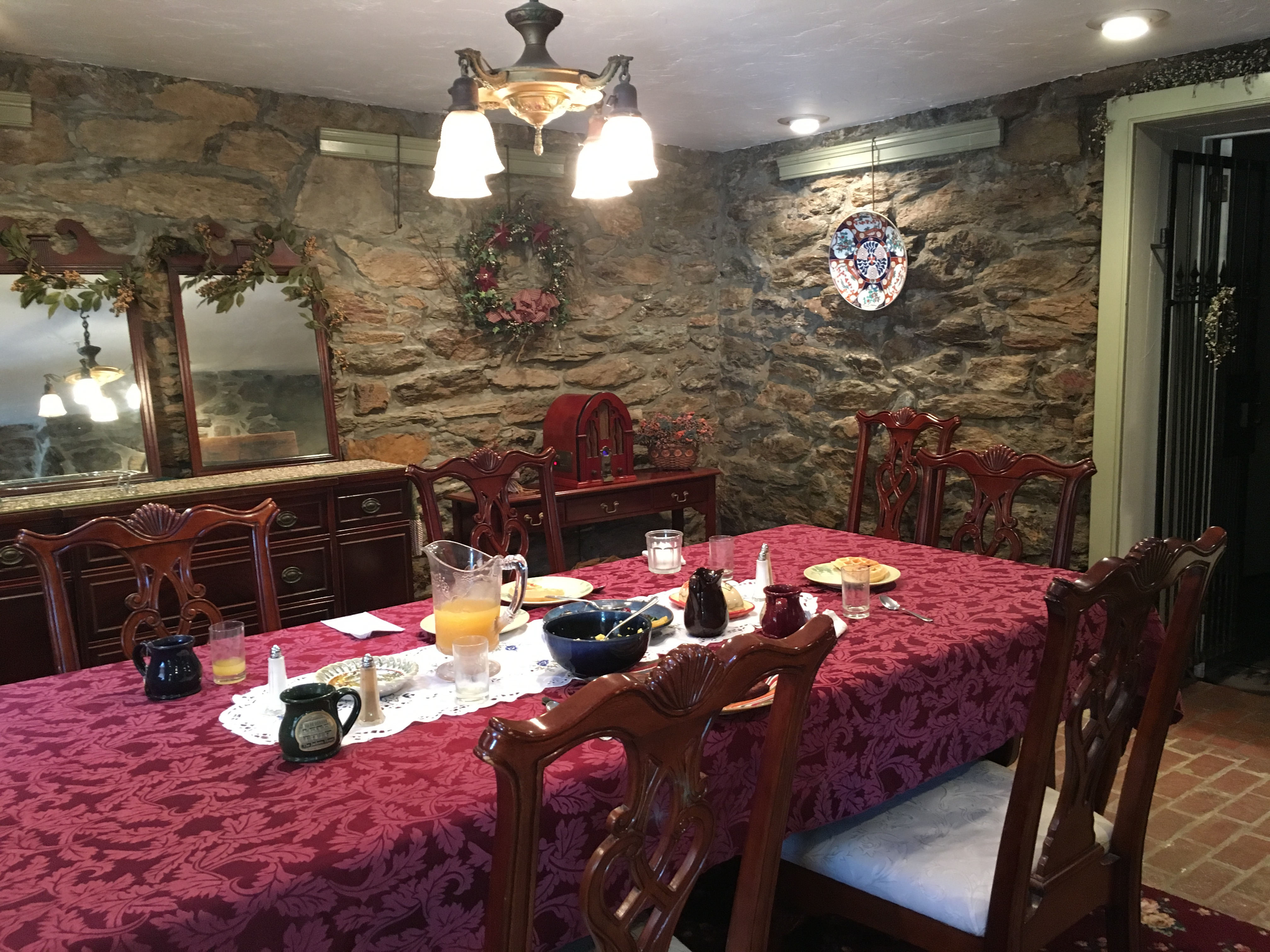 Day 2 Heritage Rail Trail Round Trip From Railroad PA To York 38 Miles Jackson House Dining Room